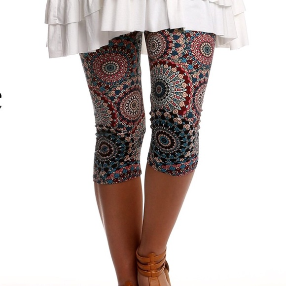 d010e0e591aa85 Leggings Depot Pants | Nwt Boho Print Capri Leggings Plus Size ...